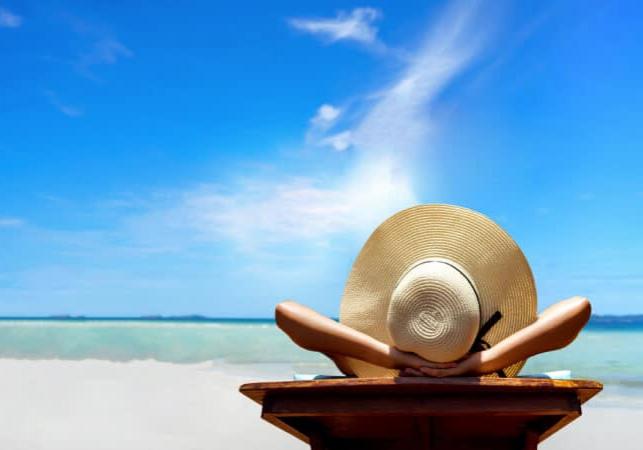 vakantie zon vrouw